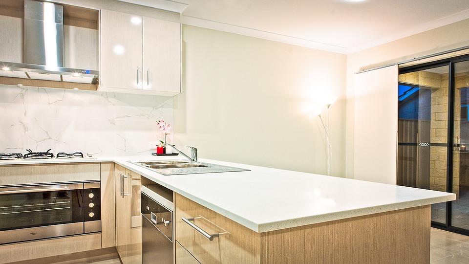 Při pojištění nemovitosti nezapomeňte pojistit i domácnost