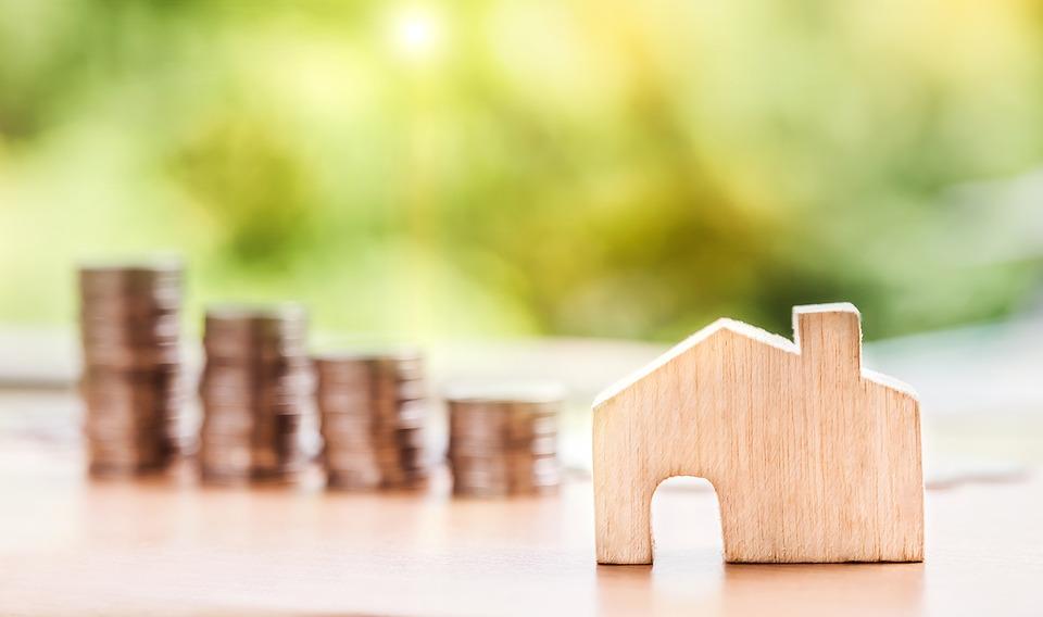 Daň z nabytí nemovitosti a odpočet úroků z hypoték a úvěrů přehledněji