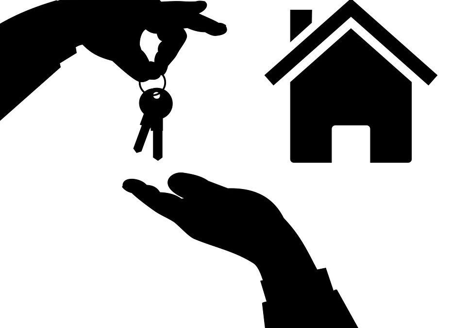 Nastává doba levných hypoték. Banky lákají klienty na nízké úrokové sazby