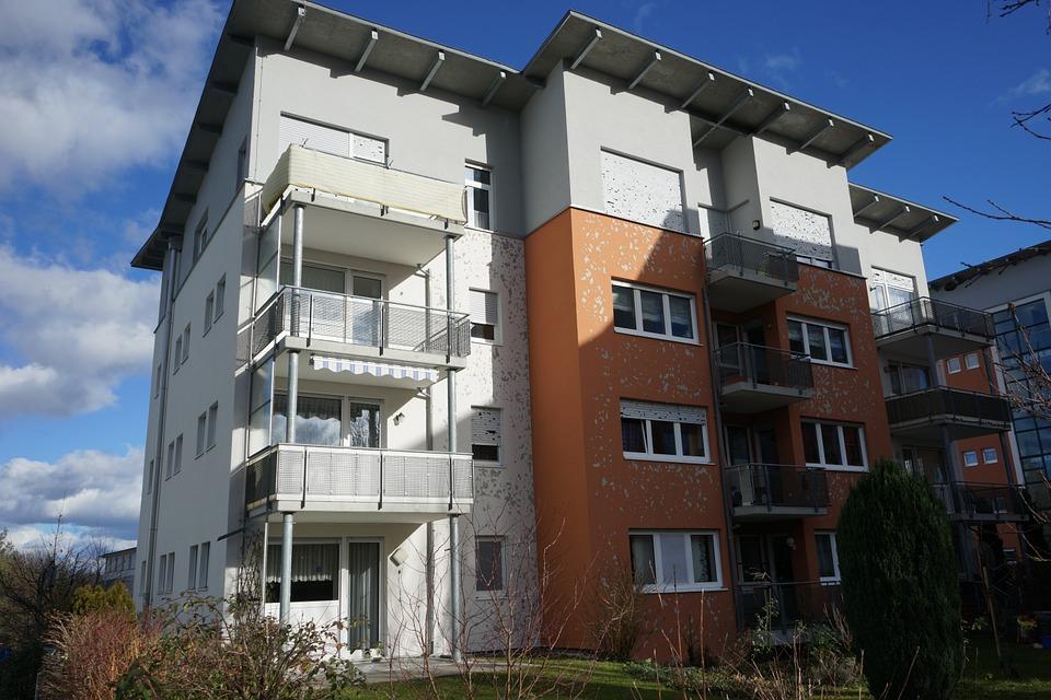 Kdo se zrušením daně z nabytí nemovitosti přijde o peníze?