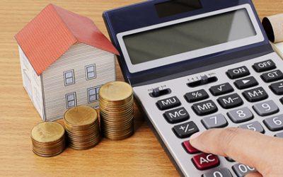 Se splácením hypotéky lidem může mimořádně pomoci stát. O pomoc je však třeba zažádat